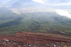 La descente du mont Fuji et ses innombrables lacets