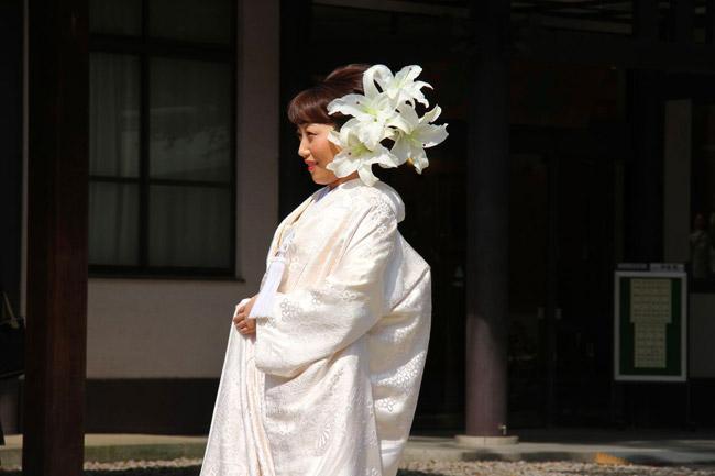Jeune mariée au Meiji-Jingu