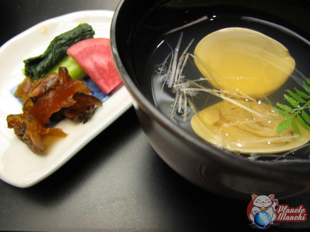 Cuisine japonaise il n 39 y a pas que les sashimi planete for Cuisine japonaise