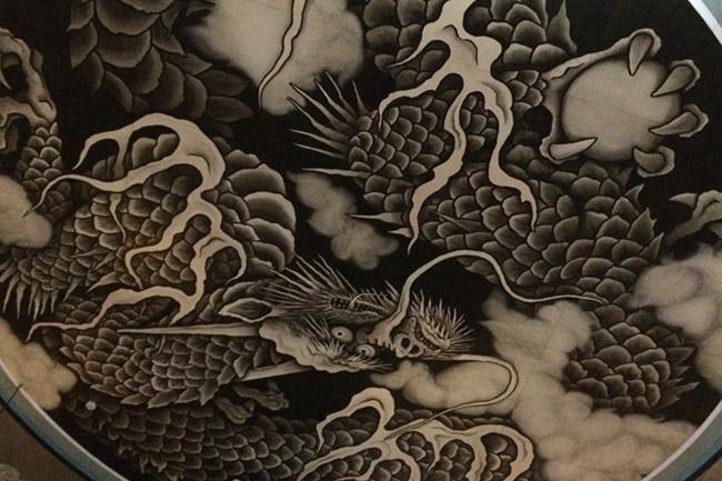 Dragon sur le plafond du Hatto