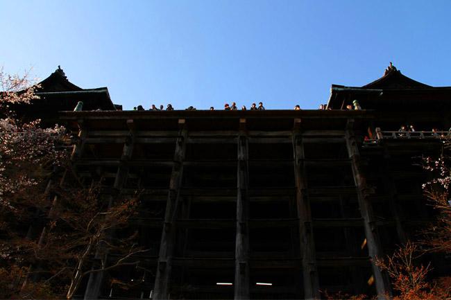 Kiyomizu-dera en contreplongée