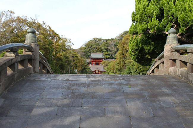 Vue sur le Tsurugaoka Hachiman-gū
