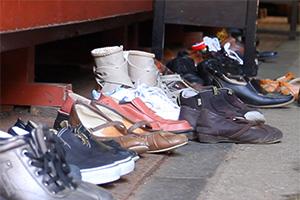 Enlever ses chaussures dans les temples